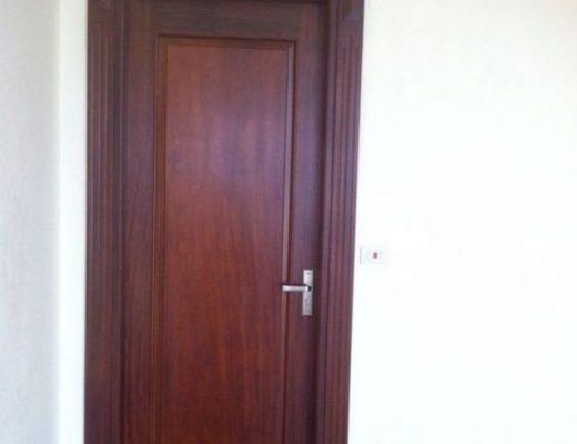 mẫu cửa gỗ thông phòng đẹp