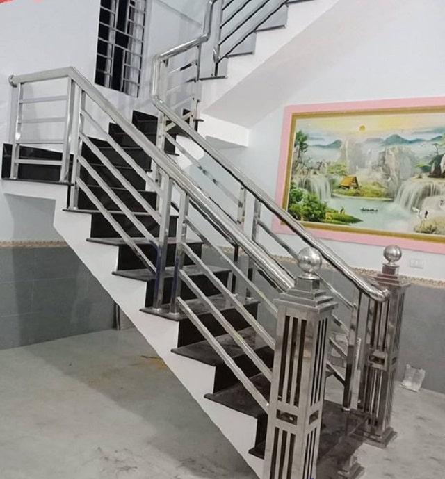 lan can cầu thang inox (1)